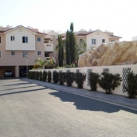 A 1 bedroom ground floor apartment for sale in Pyla close to amenities and the beach